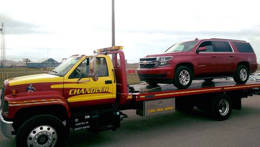 towing Livonia